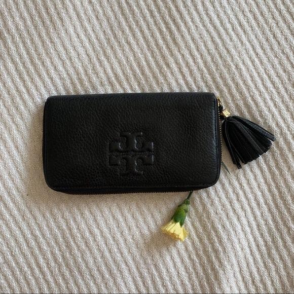 Tory Burch Handbags - Tory Burch Black Wallet